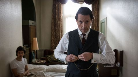 A Very English Scandal |